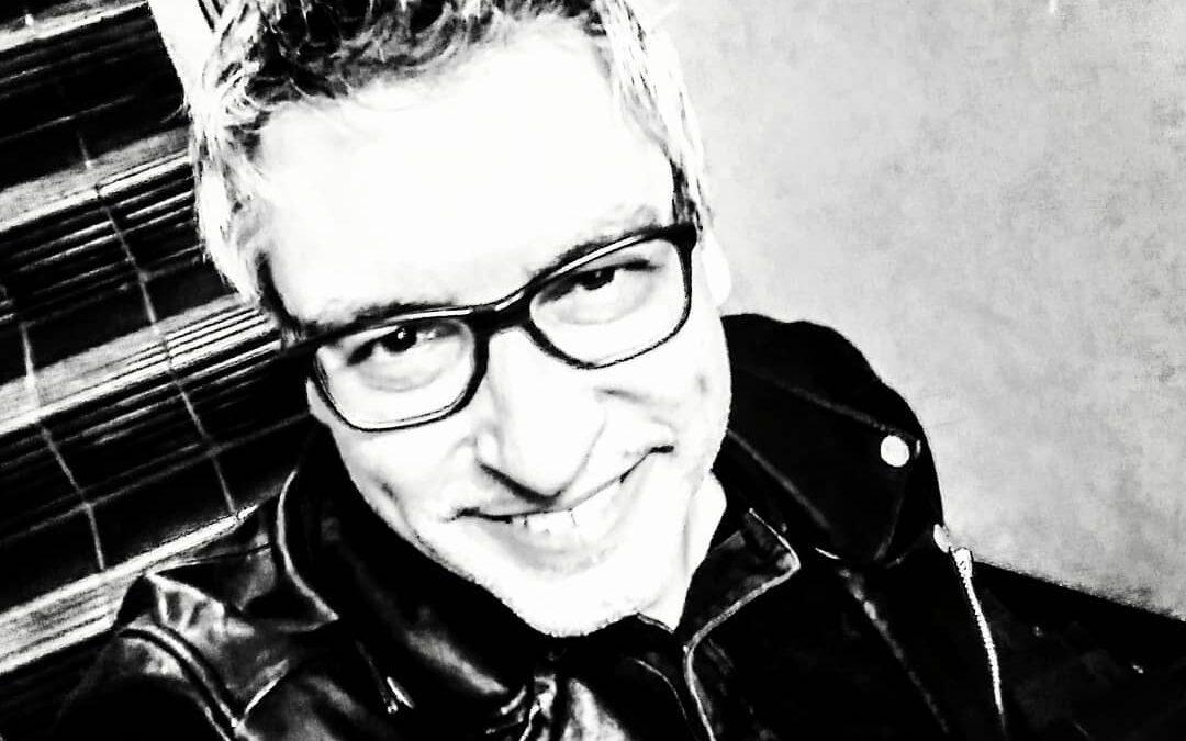 Mikel Vilchez – Megamixes en la radio del S.XXI